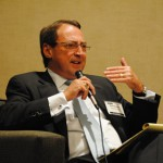 Ron Holmes moderates Dallas Retail Real Estate Summit