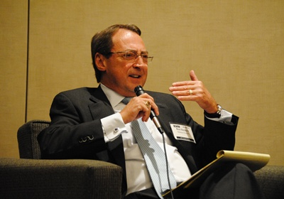 Ron Holmes, moderating the Dallas Retail Real Estate Summit 2011